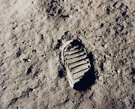 Fußspur auf dem Mond - Foto: nasaimages.org