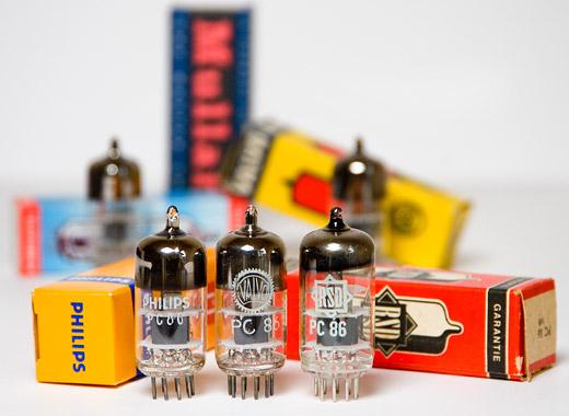 Treiberröhre PC86, verschiedene Hersteller - Foto & © by Michael Münch